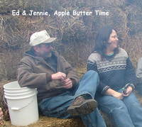 Ed_and_jennie_apple_butter_time-2